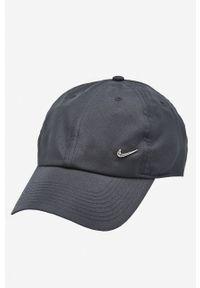Czarna czapka z daszkiem Nike Sportswear z aplikacjami