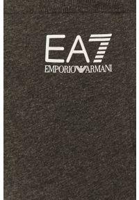 Szary komplet EA7 Emporio Armani z nadrukiem
