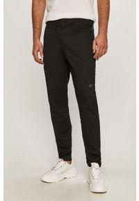 Czarne spodnie 4f casualowe, na co dzień
