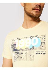 Jack & Jones - Jack&Jones T-Shirt Spring 12182616 Żółty Regular Fit. Kolor: żółty