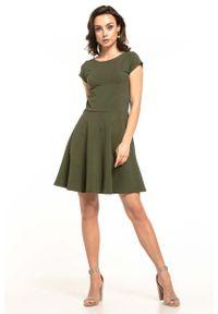 Tessita - Zielona Rozkloszowana Sukienka Dzianinowa na Lato. Kolor: zielony. Materiał: dzianina. Sezon: lato