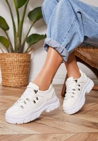 Renee - Białe Sneakersy Aquaguna. Kolor: biały
