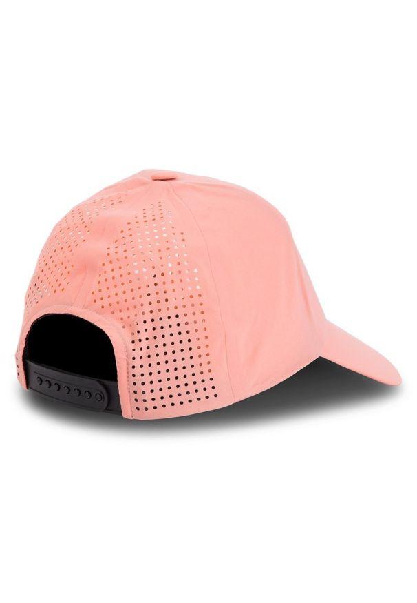 Różowa czapka z daszkiem salomon