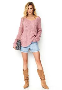 Różowy sweter oversize Makadamia w ażurowe wzory