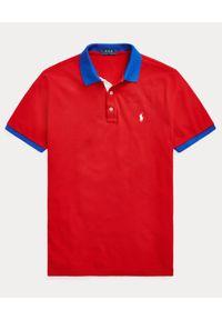 Ralph Lauren - RALPH LAUREN - Czerwona koszulka polo Custom Slim Fit. Okazja: na co dzień. Typ kołnierza: polo. Kolor: czerwony. Materiał: bawełna, prążkowany. Wzór: haft, aplikacja. Styl: casual