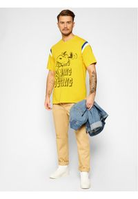 Levi's® T-Shirt PEANUTS® Football 23895-0004 Żółty Loose Fit. Kolor: żółty