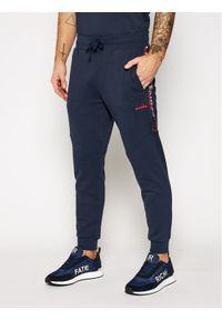 Niebieskie spodnie dresowe Diadora