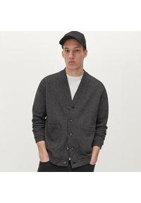 Czarna bluza Reserved melanż