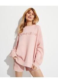NANUSHKA - Różowa bluza z logo Remy. Kolor: wielokolorowy, różowy, fioletowy. Materiał: dresówka, bawełna, jeans. Długość rękawa: długi rękaw. Długość: długie. Styl: klasyczny
