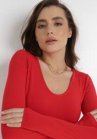 Born2be - Czerwone Body Ocefis. Kolor: czerwony. Materiał: dzianina, skóra. Długość rękawa: długi rękaw. Długość: długie. Styl: klasyczny