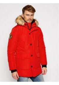Superdry Kurtka zimowa Everest M5010204A Czerwony Regular Fit. Kolor: czerwony. Sezon: zima