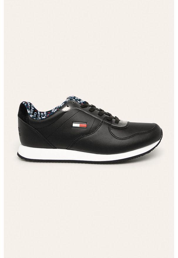 Czarne sneakersy Tommy Jeans z okrągłym noskiem, z cholewką, na sznurówki