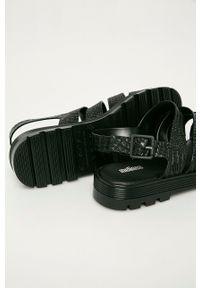 melissa - Melissa - Sandały Croco Platform. Zapięcie: klamry. Kolor: czarny. Materiał: kauczuk, materiał, guma. Wzór: gładki. Obcas: na platformie