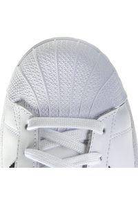 Białe półbuty Adidas jodełka, na co dzień, casualowe, na lato