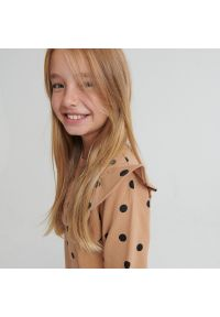 Reserved - Sukienka w groszki - Brązowy. Kolor: brązowy. Wzór: grochy