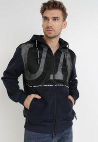 Born2be - Czarno-Granatowa Bluza Shiftshine. Typ kołnierza: kaptur. Kolor: czarny. Materiał: dzianina, polar. Wzór: napisy, nadruk. Sezon: zima