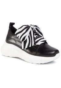 Czarne buty sportowe Karino z cholewką, na płaskiej podeszwie