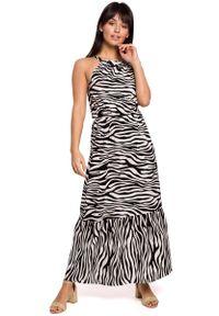 MOE - Biało Czarna Maxi Wzorzysta Sukienka Wiązana przy Szyi. Kolor: wielokolorowy, biały, czarny. Materiał: wiskoza. Długość: maxi