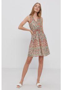 Vero Moda - Sukienka. Kolor: pomarańczowy. Materiał: tkanina. Typ sukienki: rozkloszowane