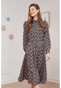 Marie Zélie - Sukienka Colette Riccia. Materiał: bawełna, skóra, materiał. Długość rękawa: długi rękaw. Typ sukienki: szmizjerki. Styl: elegancki. Długość: midi