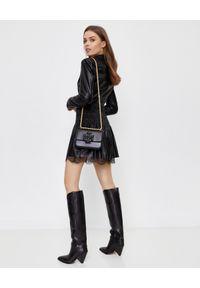 SELF PORTRAIT - Czarna sukienka mini ze skóry ekologicznej. Okazja: do pracy. Kolor: czarny. Materiał: skóra ekologiczna. Wzór: koronka. Typ sukienki: rozkloszowane, dopasowane. Styl: elegancki. Długość: mini