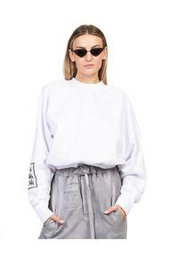 ROBERT KUPISZ - Biała bluza ORIENT KAMON. Kolor: biały. Materiał: bawełna. Długość rękawa: długi rękaw. Długość: długie. Styl: klasyczny