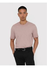 Różowy t-shirt Only & Sons
