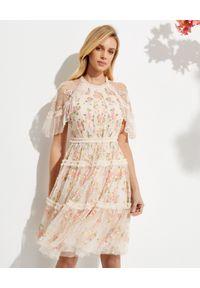 NEEDLE & THREAD - Sukienka mini Emma Ditsy. Kolor: beżowy. Materiał: tiul, szyfon. Wzór: haft, kwiaty, aplikacja. Długość: mini