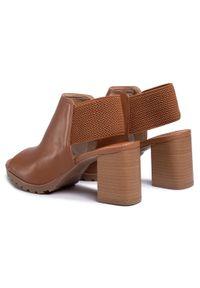 Brązowe sandały QUAZI casualowe, na co dzień