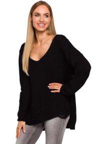 Czarny sweter oversize MOE