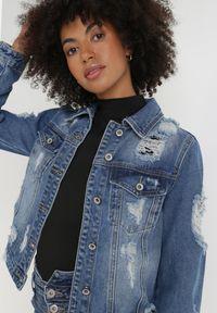 Born2be - Niebieska Kurtka Jeansowa Aikaris. Kolor: niebieski. Materiał: jeans. Długość rękawa: długi rękaw. Długość: długie. Styl: klasyczny, rockowy
