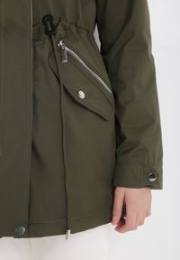 Born2be - Zielono-Beżowa Kurtka Dwustronna Anada. Kolor: zielony. Długość rękawa: długi rękaw. Długość: długie