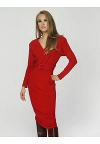 Madnezz - Sukienka Teresa - wino. Materiał: wiskoza, elastan. Typ sukienki: proste
