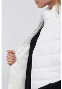 GAP - Bezrękawnik. Okazja: na co dzień. Kolor: biały. Materiał: włókno, materiał. Długość rękawa: bez rękawów. Styl: casual