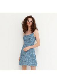 House - Wiskozowa sukienka w drobne kwiaty - Wielobarwny. Materiał: wiskoza. Wzór: kwiaty