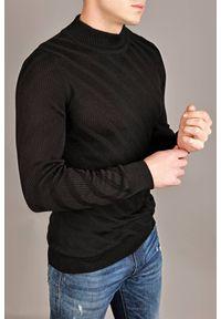 Czarny sweter IVET