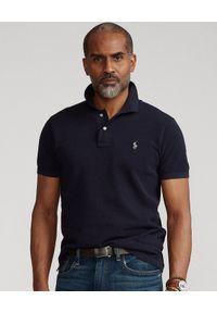 Ralph Lauren - RALPH LAUREN - Granatowa koszulka polo Luxe Knit Custom Fit. Typ kołnierza: polo. Kolor: niebieski. Materiał: dzianina, prążkowany. Długość: długie. Wzór: haft, ze splotem