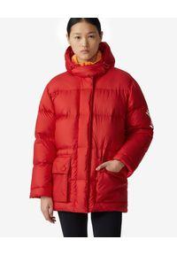 Kenzo - KENZO - Czerwona pikowana kurtka Sport. Okazja: na co dzień. Kolor: czerwony. Materiał: jeans, nylon. Długość rękawa: długi rękaw. Długość: długie. Wzór: aplikacja. Styl: sportowy