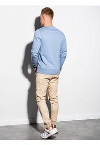 Ombre Clothing - Bluza męska bez kaptura z nadrukiem B1160 - niebieska - XXL. Typ kołnierza: bez kaptura. Kolor: niebieski. Materiał: bawełna, poliester. Wzór: nadruk. Sezon: lato, wiosna. Styl: klasyczny
