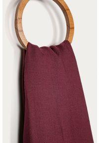 Czerwony szalik Stefanel klasyczny