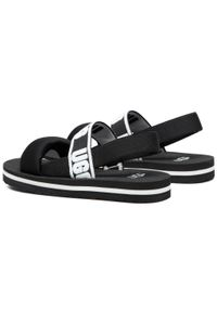 Czarne sandały Ugg na lato