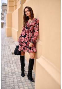 e-margeritka - Sukienka rozkloszowana w kwiaty przed kolano - 36. Materiał: poliester, materiał. Wzór: kwiaty. Typ sukienki: rozkloszowane. Styl: elegancki