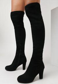 Born2be - Czarne Kozaki Kephile. Wysokość cholewki: przed kolano. Nosek buta: okrągły. Zapięcie: zamek. Kolor: czarny. Szerokość cholewki: normalna. Wzór: gładki. Obcas: na obcasie. Wysokość obcasa: średni