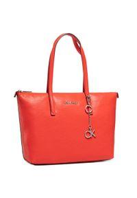 Czerwona shopperka Calvin Klein skórzana, klasyczna