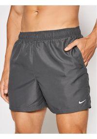Nike Szorty kąpielowe Essential NESSA560 Szary Regular Fit. Kolor: szary