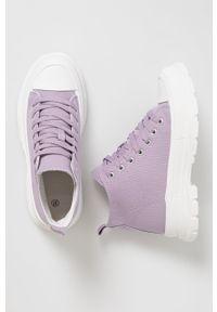 Answear Lab - Trampki. Nosek buta: okrągły. Zapięcie: sznurówki. Kolor: fioletowy. Materiał: guma. Obcas: na platformie. Styl: wakacyjny