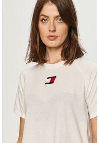 Biała bluzka Tommy Sport na co dzień, raglanowy rękaw, z nadrukiem