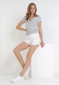 Born2be - Białe Szorty Pixiphelia. Kolor: biały