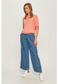 Niebieskie jeansy Levi's® z podwyższonym stanem, na spotkanie biznesowe, biznesowe