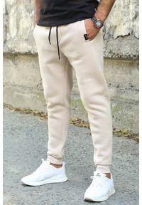 Beżowe jeansy IVET na co dzień, sportowe